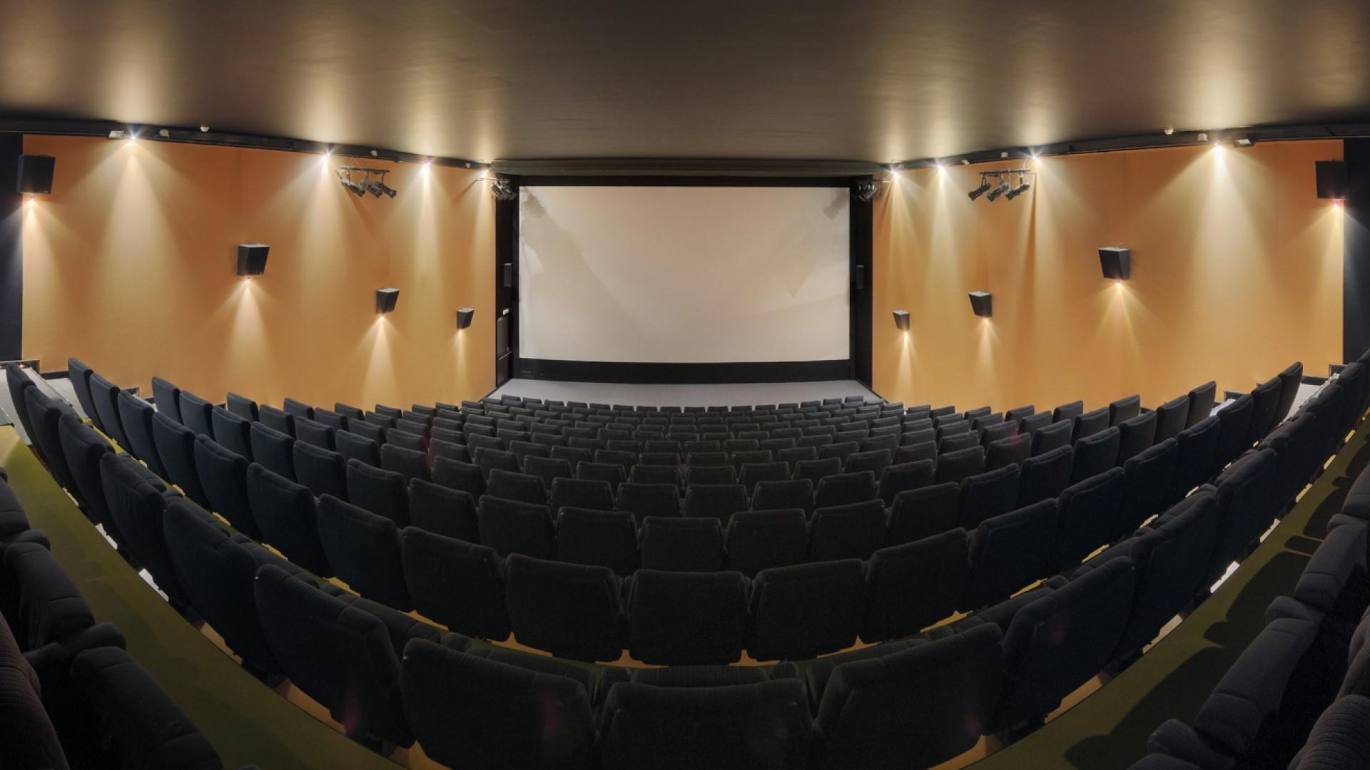 Cosmópolis Filme Ele nos salles   cinérive